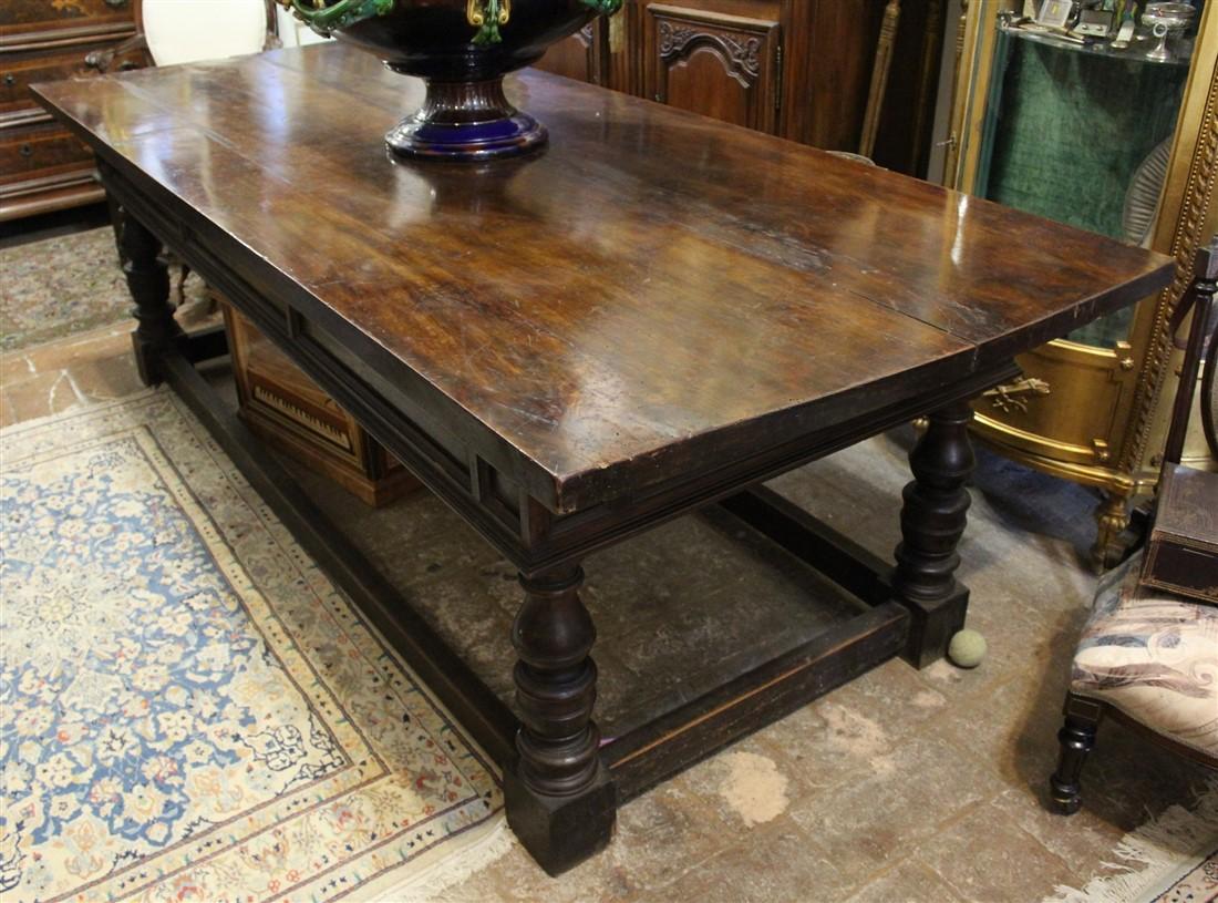Raro tavolo rettangolare noce massello prima patina stile \'600 Toscana -  \'800