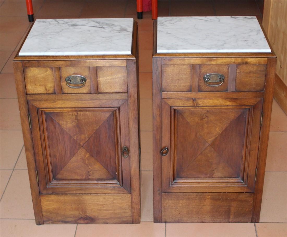 Credenza Con Piano In Marmo : Coppia comodini legno di noce piano marmo bianco anni