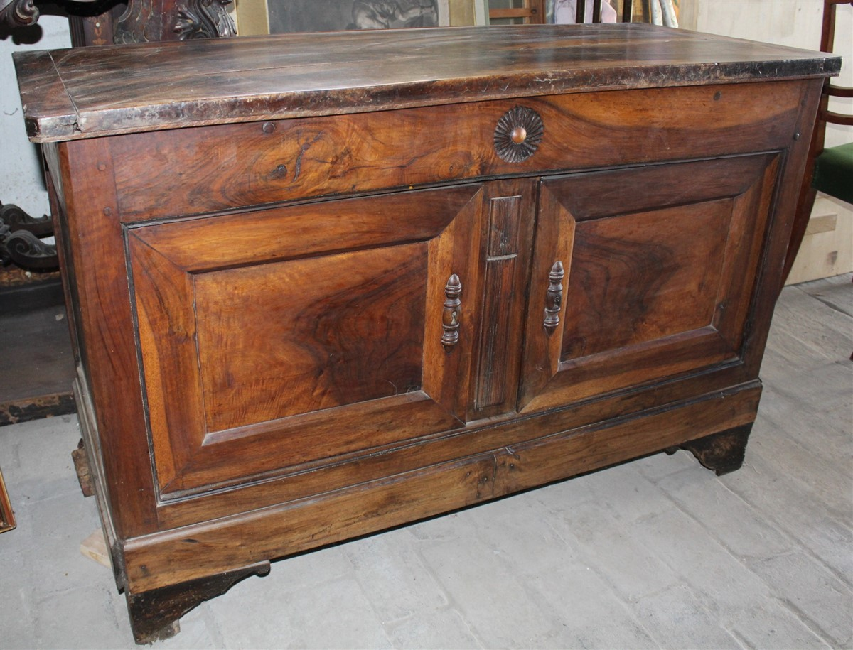 Credenza Vetrina Da Restaurare : Credenza madia legno noce massello da restaurare francia prima